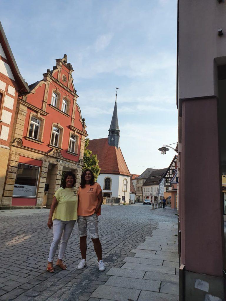 Schuhschachtel Team Heike und Jutta